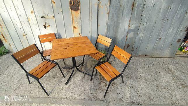 Комплект стол и 4 стульчика