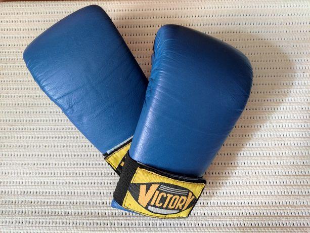 Перчатки для каратэ (боксерские)