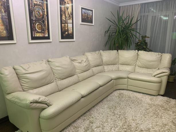 Продається шкіряний диван