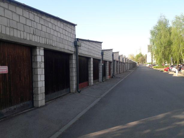 Garaż murowany ul. Powstańców