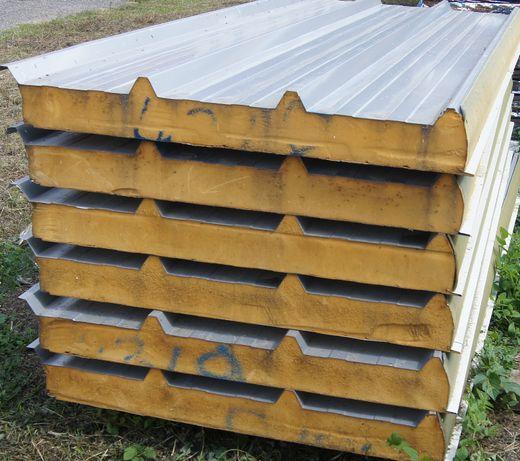Płyty warstwowe dachowe, pokrycie dachu, pianka
