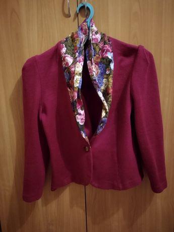Продам жіночий одяг