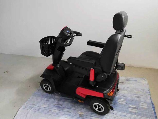 Scooter INVACARE Mobilidade Reduzida Autonomia Até 54 Km