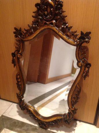 Espelho antigo em madeira/talha dourada/Restaurado