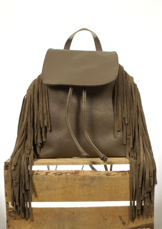 Plecak brązowy taupe frędzle klapa skóra naturalna skórzany Cassi