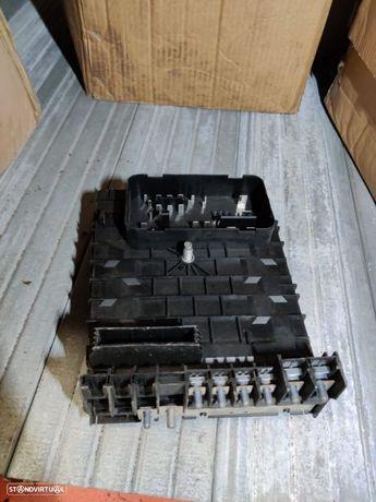 1K0937125D Caixa De Fusiveis Vw Golf VI 6 Passat Touran Seat Leon Altea Caddy Audi Q3 Scirocco