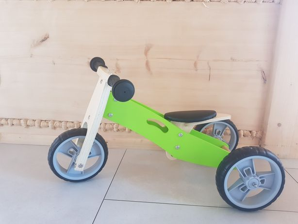 Mini rowerek trzykołowy.  Nowy