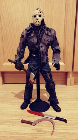 Figurka 1/6 Jason do Mezco Toys z Friday the 13th Part VII.