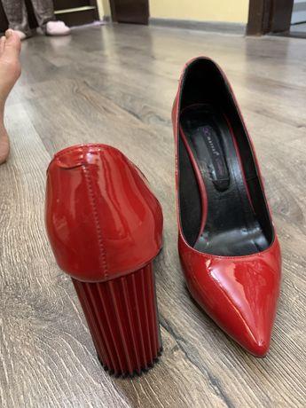 Итальянские туфли лодочки