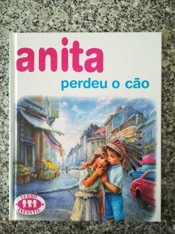 """Livro """"Anita perdeu o cão"""""""