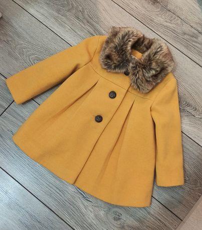 Весеннее стильное пальто