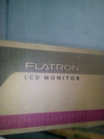 """Монітор lg 19"""" в упаковці"""