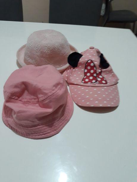 Cachecóis, gorros , boné e chapéus