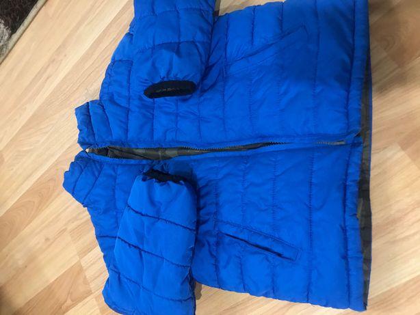 Демисезонная курточка на мальчика