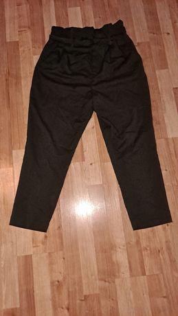 Spodnie rozmiar 42.
