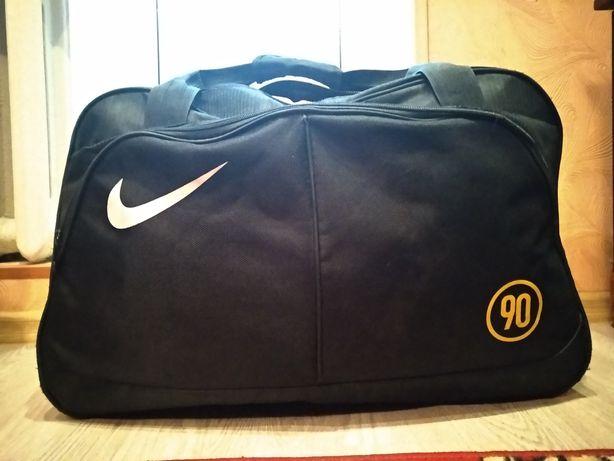 Спортивная сумка Nike