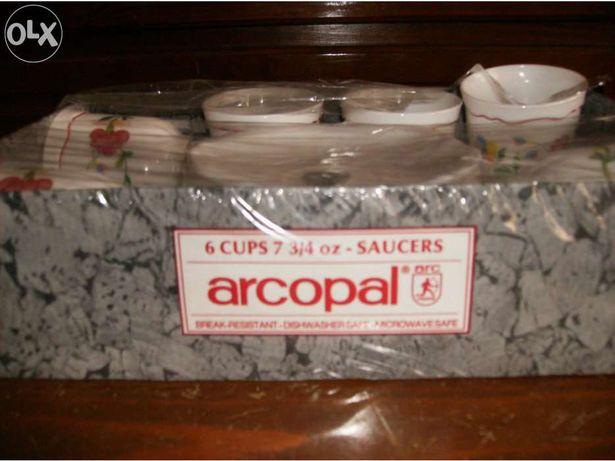 Conjunto para pequeno almoço Arcopal