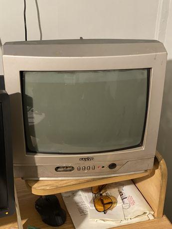 Telewizor kuchenny z dekoderem 100% sprawny z pilotami
