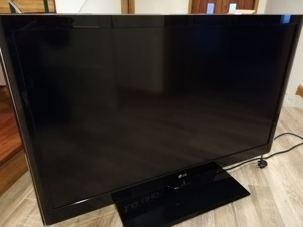 TV LG 42 LV 5500 para peças