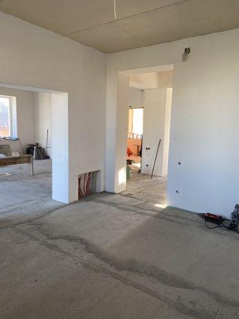 Новый капитальный дом в 2 этажа в с. Лески