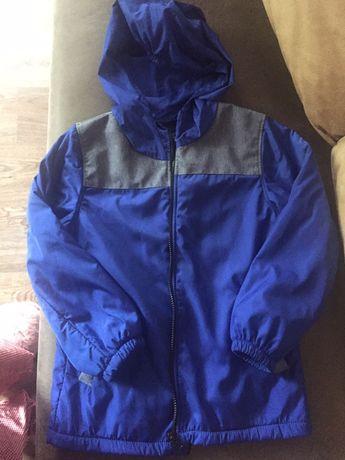 Демисезонная куртка,128 см