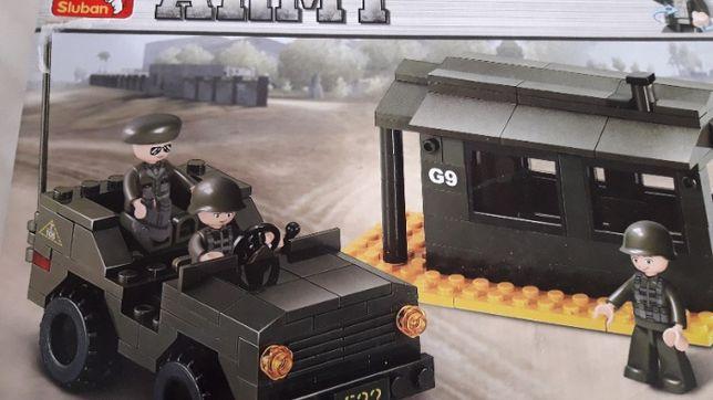 Лего военая база и машины 171 деталь