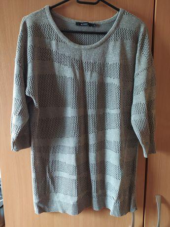Sweterek z błyszcząca nitką Monnari