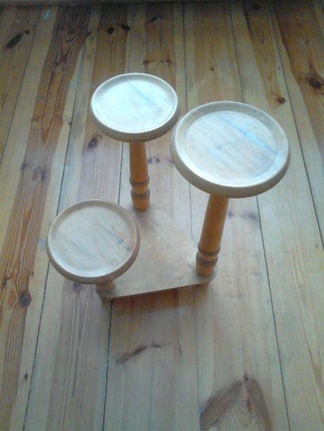 Kwietnik drewniany 3 doniczki