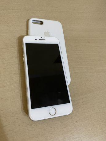 Продаю iphone apple 7