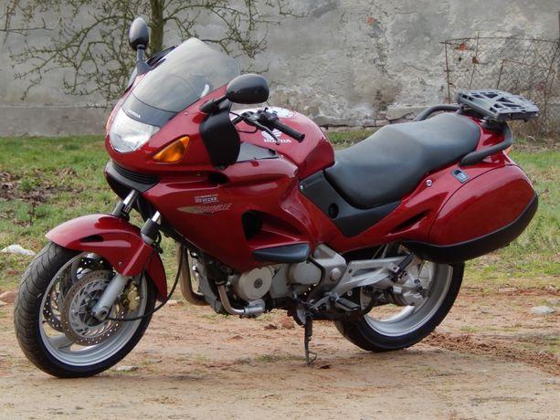 Honda ntv 650 deauville 2001r jeden właściciel od nowości