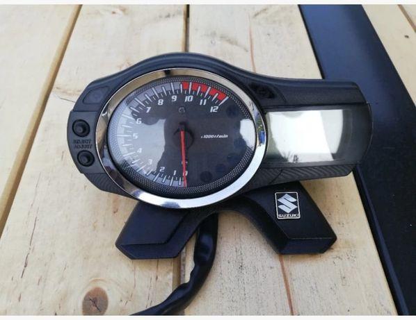 uchwyt mocowanie wyświetlacza licznika suzuki GSF 1250. 650 bamdita