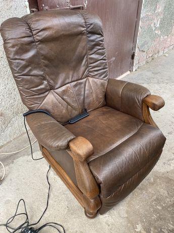 шкіряне крісло розкладне