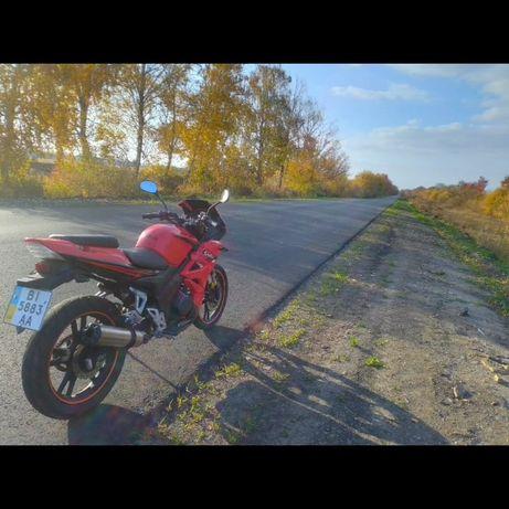 Продам мотоцикл  в хорошому стані сів і поїхав