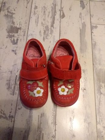 Clarks туфли на девочку размер 23 кожа