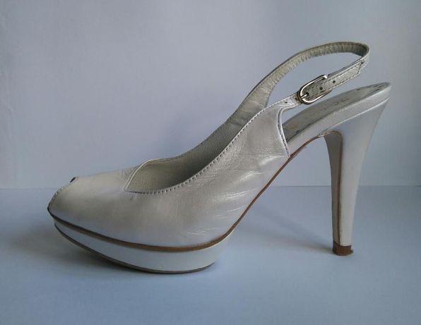 Sapatos aberto casamento