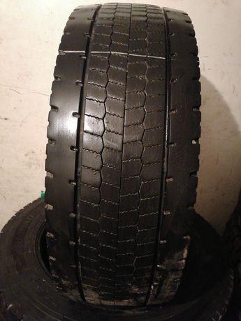 Грузовые шины бу 295/55R22,5 HANKOOK DL10 .