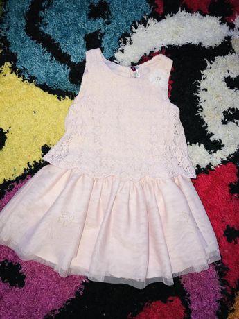 Платьечко нарядное девочке
