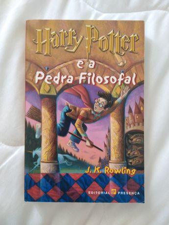 Harry Potter e a Pedra filosofal - NOVO