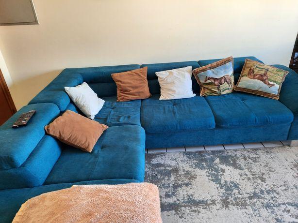 Sofa usado com ligeiras marcas