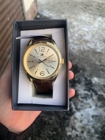 Часы Tommy Hilfiger (томми хилфигер)