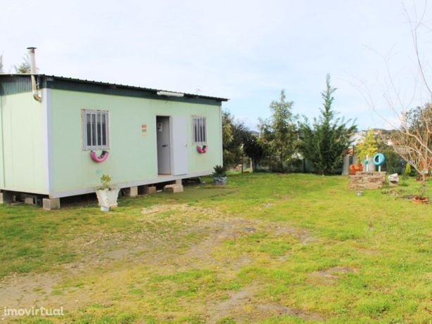 Terreno rústico c/ 1100m2 e c/ Casa amovível, água e elet...