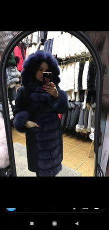 Пальто новое! Мех натуральный.