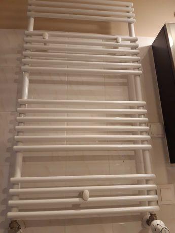 Grzejnik łazienkowy 1200x600 z termostatem