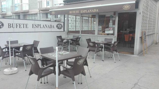 Café/bufete/restaurante (cozinha tradicional)