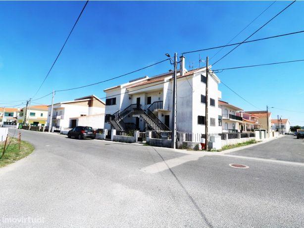 Apartamento T3 duplex - 3 apartamentos a 400 metros da praia