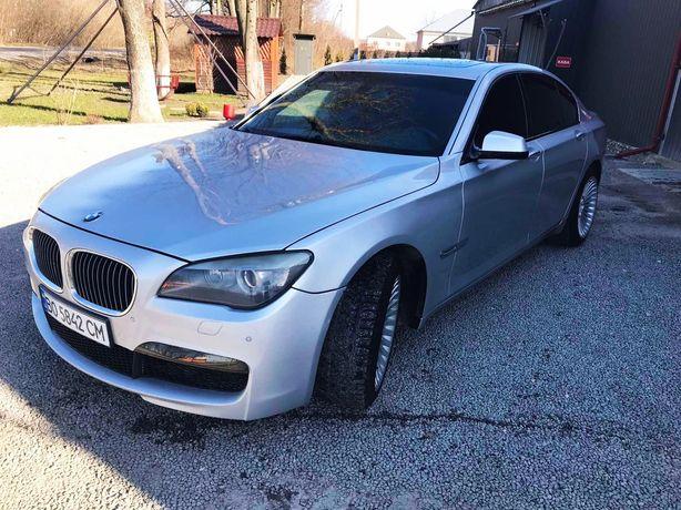 УВАГА! Продам два авто BMW 750 M Paket 2012 та Mercedes-Benz S 55 AMG