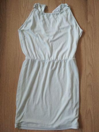 Biała błyszcząca sukienka