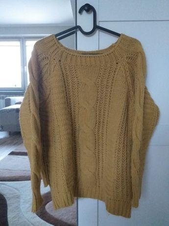 Musztardowy sweter rozmiar S-M