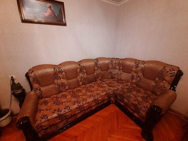 Продається сучасний диван