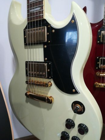 Gitara elektryczna SG brytyjskiej marki Vintage